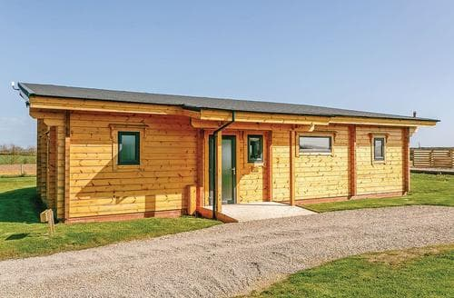 Last Minute Cottages - Lovely Withernsea Lodge S112994