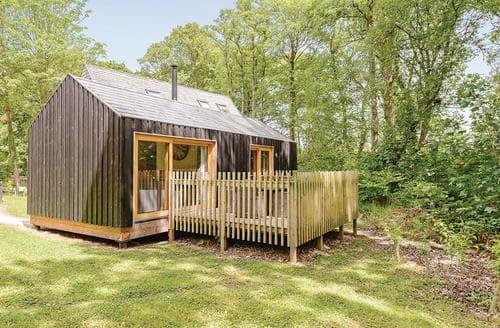 Last Minute Cottages - Captivating Burnbake Lodge S113002