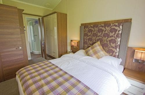 Last Minute Cottages - Tasteful Pershore Lodge S113019