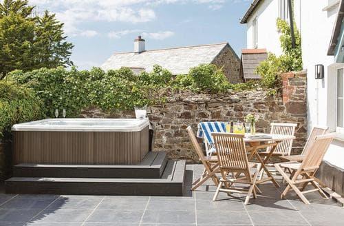 Last Minute Cottages - Superb Stratton Lodge S113044