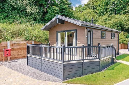 Last Minute Cottages - Excellent Newton Saint Loe Lodge S113089
