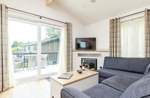 Last Minute Cottages - Splendid Newton Saint Loe Lodge S113091