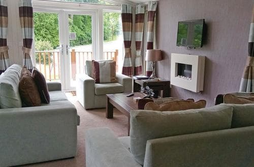 Last Minute Cottages - Cosy Tintagel Lodge S113188