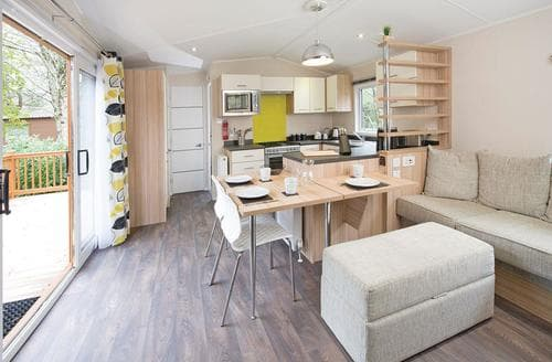 Last Minute Cottages - SI 2 Bed Platinum Single Holiday Home