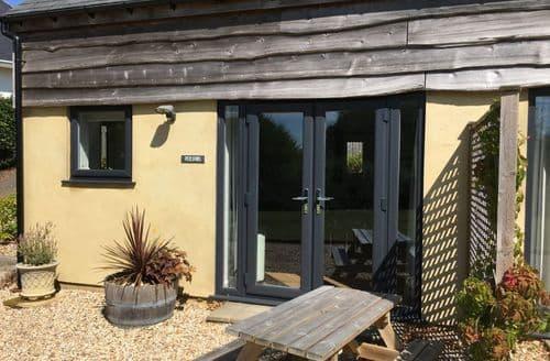 Last Minute Cottages - Pydelspring Cottage S113328