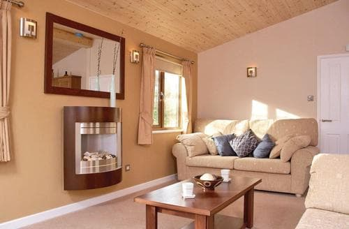 Last Minute Cottages - Tasteful Wemyss Bay Lodge S113386