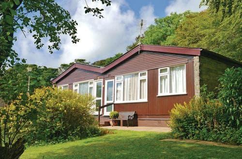 Last Minute Cottages - Wonderful Kilkhampton Lodge S113816