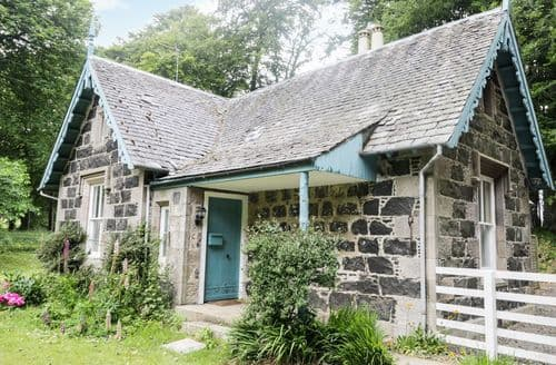 Last Minute Cottages - South Lodge