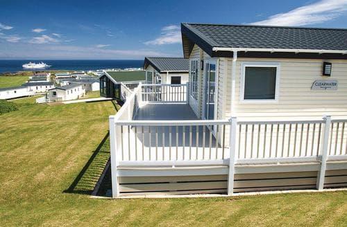 Dog Friendly Cottages - Gorgeous Eyemouth Lodge S113851