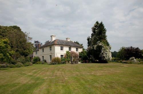 Last Minute Cottages - Rowlands Farm