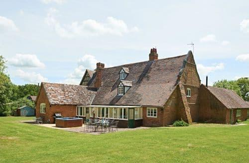 Big Cottages - Spetchley Wood Farmhouse S113935