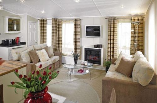 Last Minute Cottages - Luxury Clacton On Sea Lodge S114148