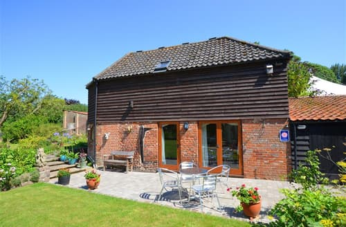 Last Minute Cottages - Charming Strumpshaw Rental S11927