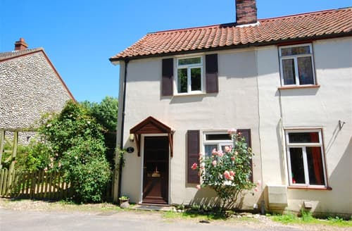 Last Minute Cottages - Beautiful Holt Cottage S81657