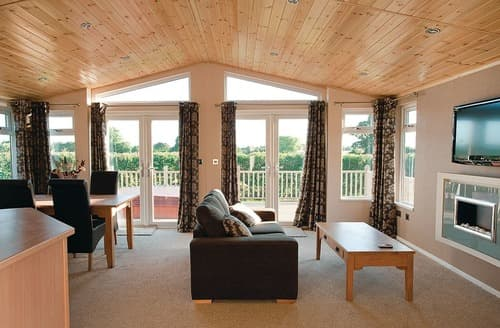 Big Cottages - Cosy Horham Lodge S114365