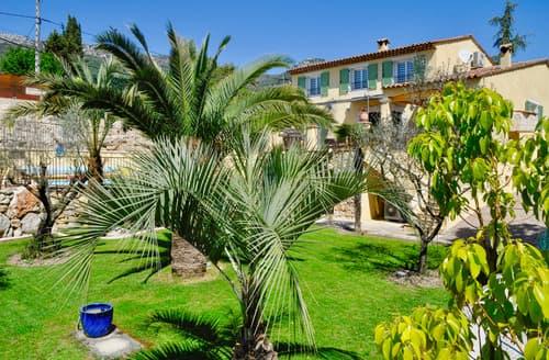 Last Minute Cottages - Villa Soleil