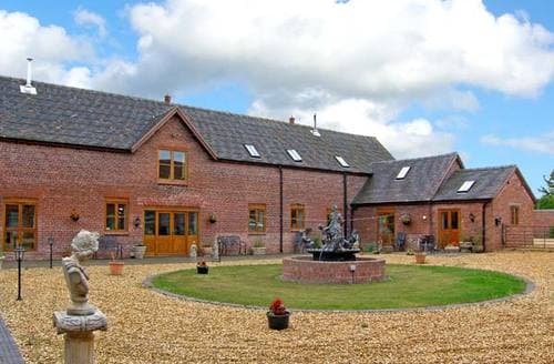 Last Minute Cottages - The Hinks Barn