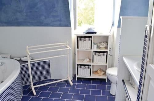 Last Minute Cottages - Le Reve Bleu - F24562