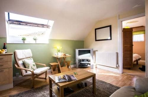 Last Minute Cottages - Nolton Farmhouse Apartment