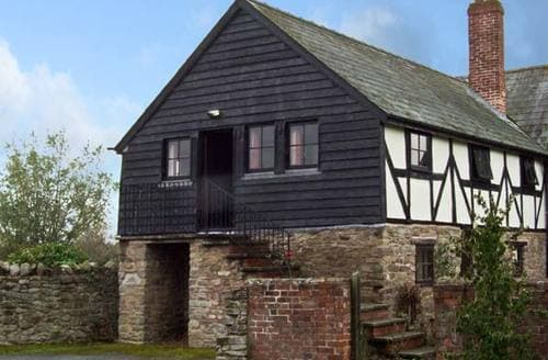 Last Minute Cottages - Beautiful Hereford Press S2393