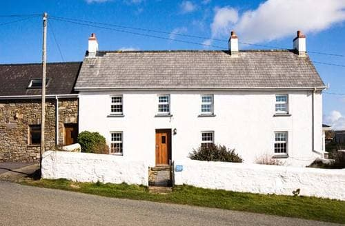 Last Minute Cottages - Nolton Haven Farmhouse