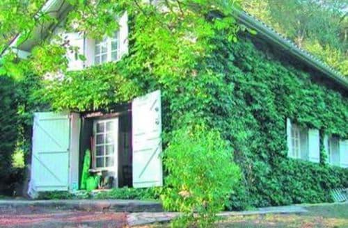 Last Minute Cottages - Beautiful Oloron Sainte Marie Lodge S119363