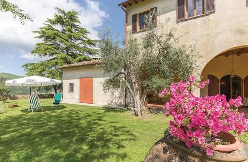 Last Minute Cottages - Villa Malesci