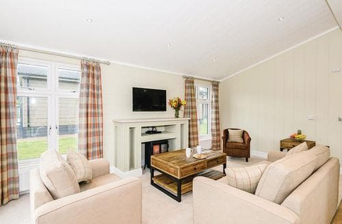 Last Minute Cottages - Cosy Greystoke Lodge S120739