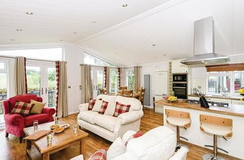Last Minute Cottages - Cosy Greystoke Lodge S120753