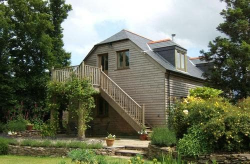 Last Minute Cottages - Tasteful South Cornwall Apartment S26442