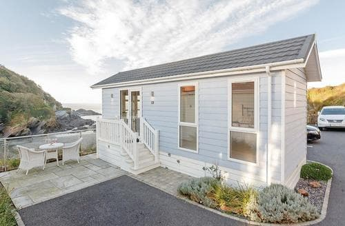 Last Minute Cottages - Luxury Hele Bay Lodge S120962