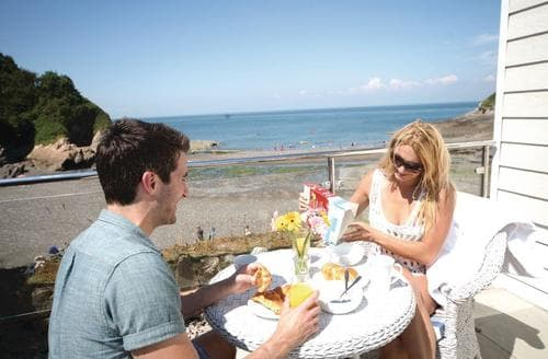 Last Minute Cottages - Splendid Hele Bay Lodge S120965