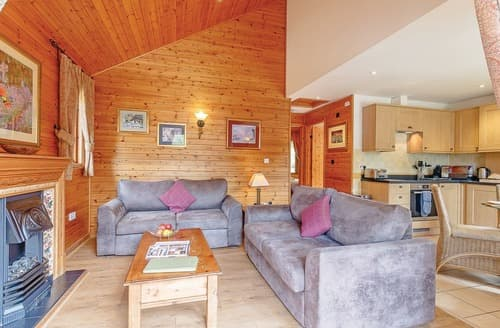 Last Minute Cottages - Captivating Tilford Lodge S120970