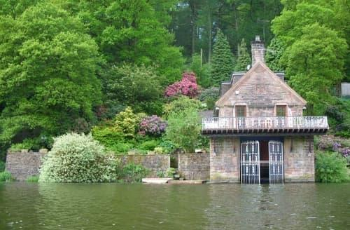 Last Minute Cottages - Horton Lodge Boathouse S121324