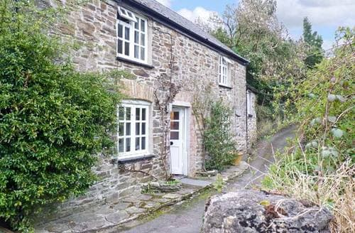 Last Minute Cottages - Inviting Saltash Cottage S2451