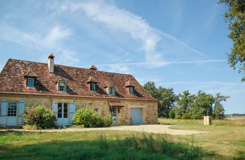 Last Minute Cottages - Lovely Saint Félix De Reillac Et Mortemart Cottage S121573