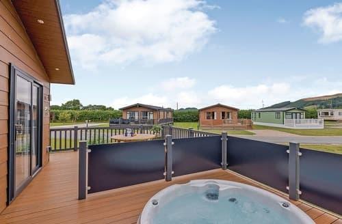 Last Minute Cottages - Captivating Caersws Lodge S121810