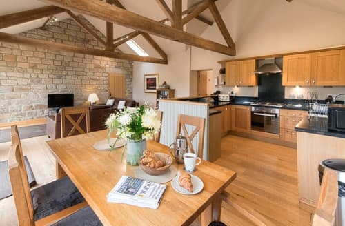 Last Minute Cottages - Superb Leeds Barn S122087