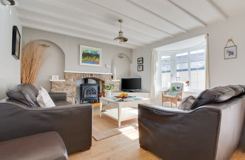 Last Minute Cottages - Luxury Saundersfoot Cottage S122213