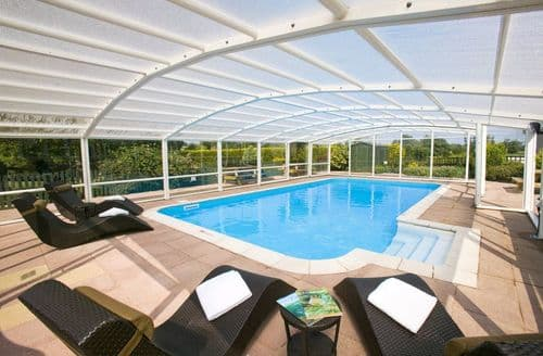 Last Minute Cottages - 5 Star, Private Pool, Hot Tub, Games Room, Luxury House
