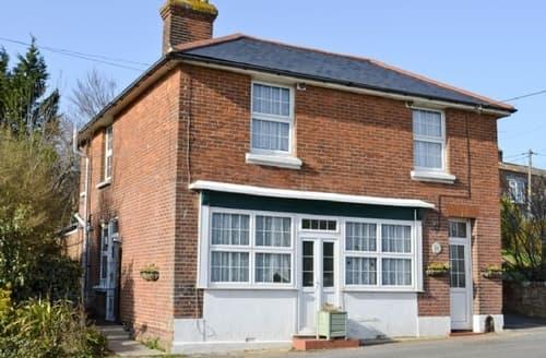 Big Cottages - Tasteful Ashford Cottage S13520