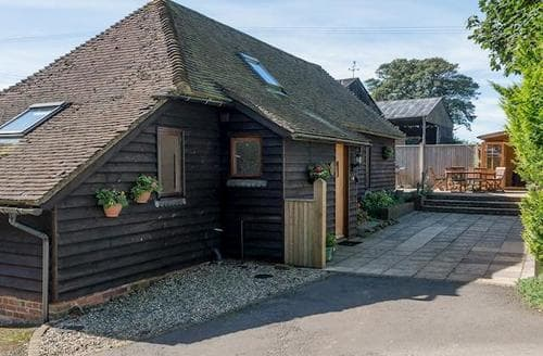 Last Minute Cottages - Attractive Ashford Cottage S13528