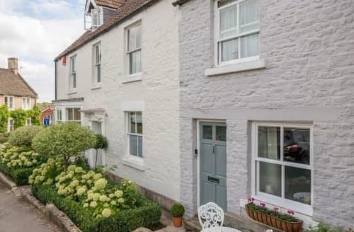 Last Minute Cottages - Inviting Chippenham Cottage S121818