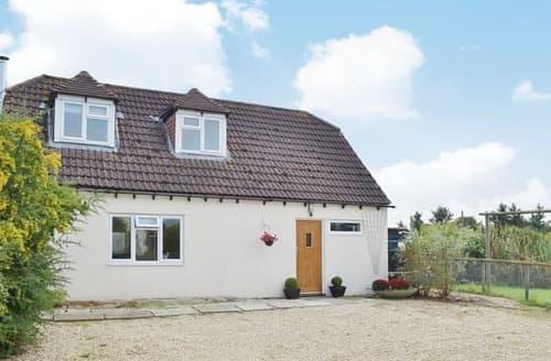 Last Minute Cottages - Superb Royal Wootton Bassett Cottage S13746