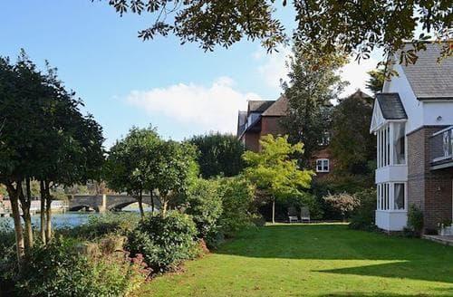 Big Cottages - Splendid Arundel Cottage S40480