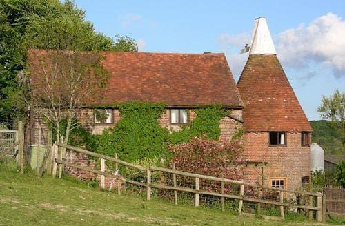 Last Minute Cottages - Beautiful Battle Cottage S13813
