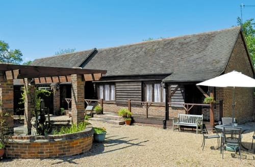 Last Minute Cottages - Stunning Battle Cottage S13849