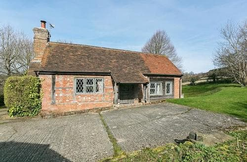 Last Minute Cottages - Exquisite Battle Cottage S13852