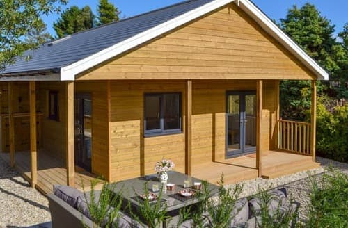 Last Minute Cottages - Lissett Lodge