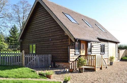 Big Cottages - Delightful Battle Cottage S90699